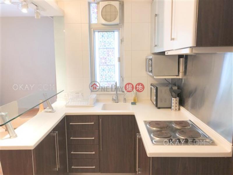HK$ 31,000/ month Sunny Building   Central District, Charming 2 bedroom on high floor   Rental
