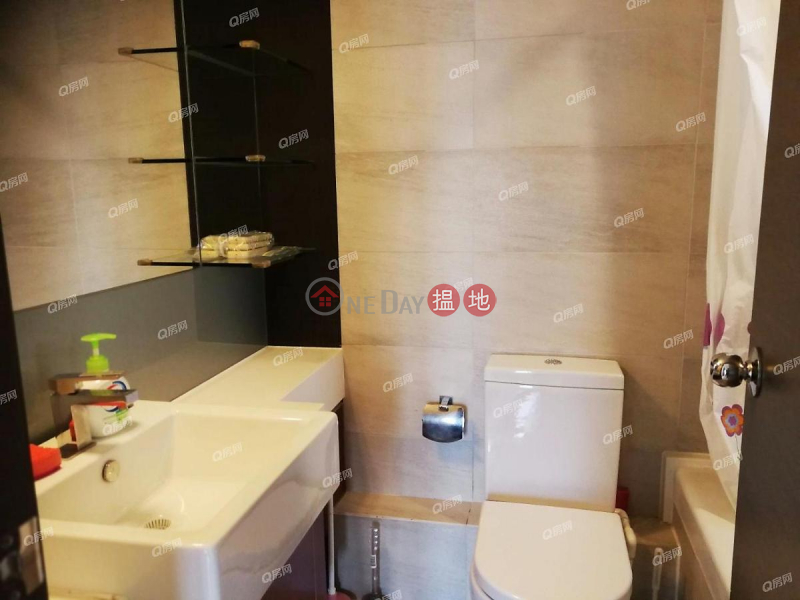 Property Search Hong Kong | OneDay | Residential, Rental Listings, Tower 5 Grand Promenade | 2 bedroom Mid Floor Flat for Rent