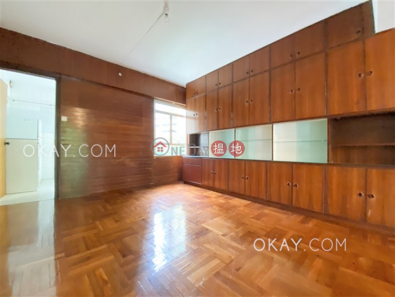 3房2廁,實用率高,連車位,露台《翡翠園出租單位》|105羅便臣道 | 西區香港-出租HK$ 40,000/ 月