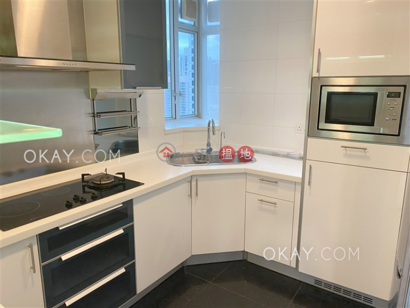 Luxurious 4 bedroom with balcony | Rental 880-886 King\'s Road | Eastern District Hong Kong Rental HK$ 50,000/ month