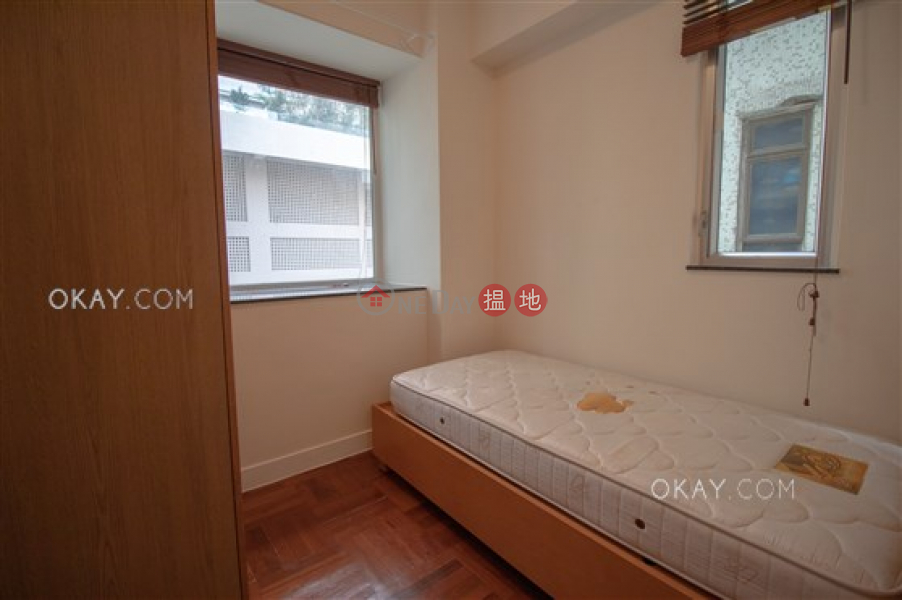 HK$ 9.5M Caine Building | Western District Unique 2 bedroom in Mid-levels West | For Sale