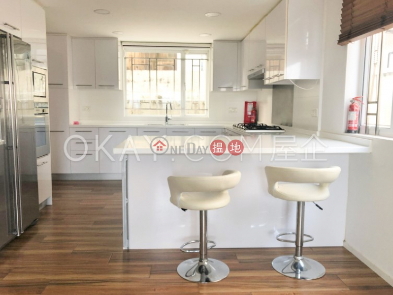 Property Search Hong Kong | OneDay | Residential, Rental Listings | Nicely kept house with rooftop, terrace & balcony | Rental