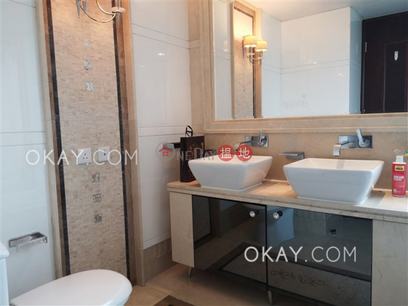Exquisite 3 bed on high floor with balcony & parking   Rental   The Legend Block 1-2 名門1-2座 Rental Listings