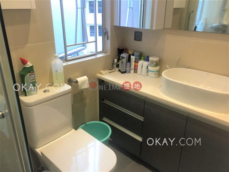 HK$ 32,000/ month Kingsland Villa (Block A-B) Kowloon City | Tasteful 2 bedroom with parking | Rental