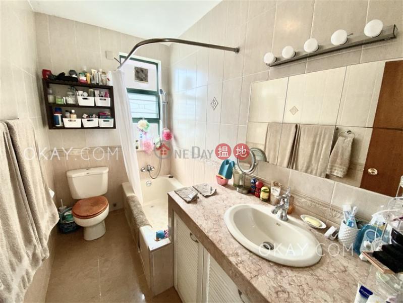 HK$ 38,000/ 月下洋村91號-西貢-3房2廁,海景,連車位,露台《下洋村91號出租單位》