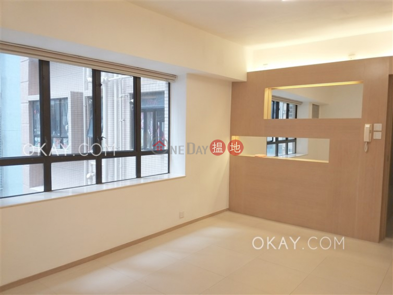 HK$ 35,000/ month, Robinson Heights Western District | Charming 3 bedroom in Mid-levels West | Rental