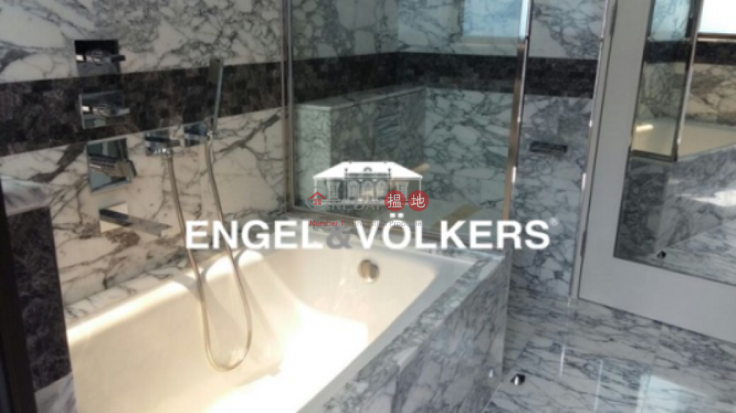 1 Bed Flat for Sale in Soho, The Pierre NO.1加冕臺 Sales Listings | Central District (EVHK25446)