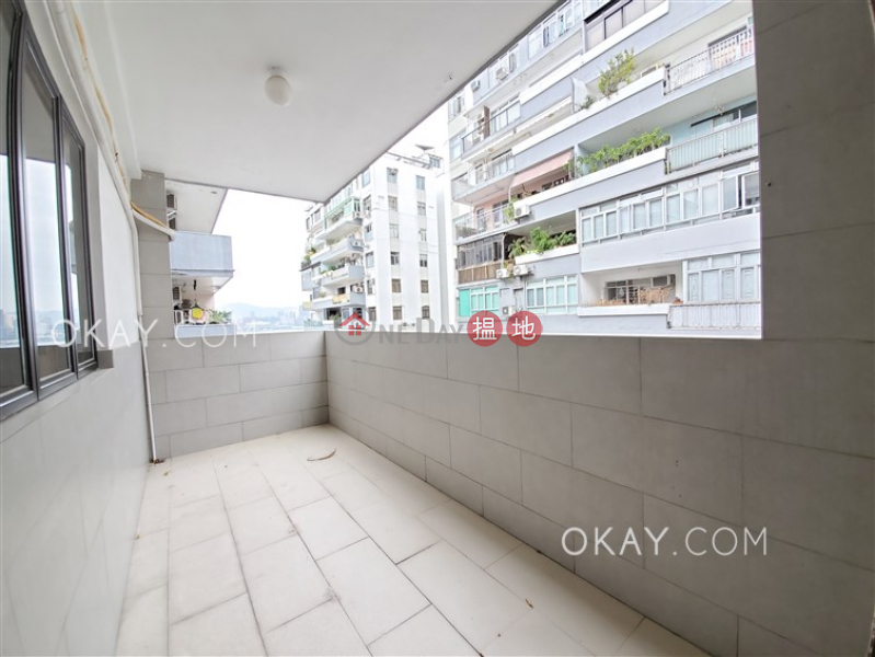 Charming 3 bedroom on high floor with balcony | Rental | Cleveland Mansion 加甯大廈 Rental Listings