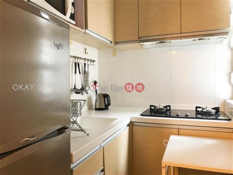 2房1廁《禧利大廈出租單位》-269-277皇后大道中   西區香港-出租HK$ 23,000/ 月