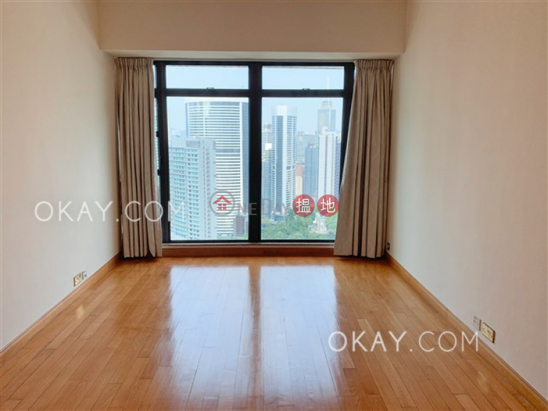 HK$ 53,000/ month Fairlane Tower | Central District | Stylish 2 bedroom in Mid-levels Central | Rental