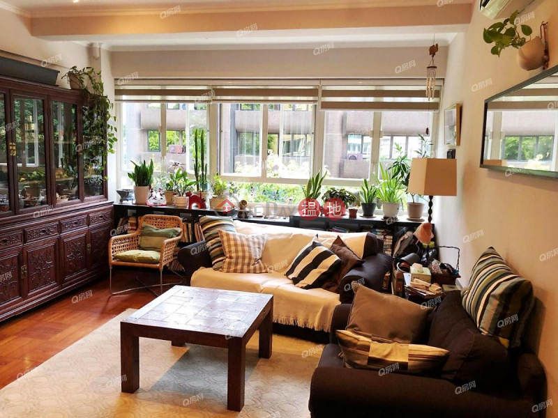 Property Search Hong Kong | OneDay | Residential Sales Listings | 47-49 Blue Pool Road | 3 bedroom Low Floor Flat for Sale