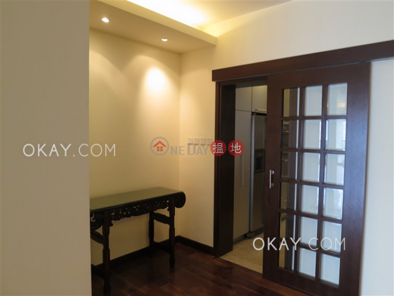 HK$ 80,000/ month | Repulse Bay Garden Southern District, Efficient 3 bedroom with balcony & parking | Rental