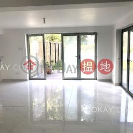 Elegant house with balcony & parking | Rental