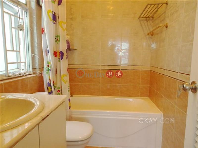 3房3廁,連車位,獨立屋《松濤苑出租單位》|松濤苑(Las Pinadas)出租樓盤 (OKAY-R285919)