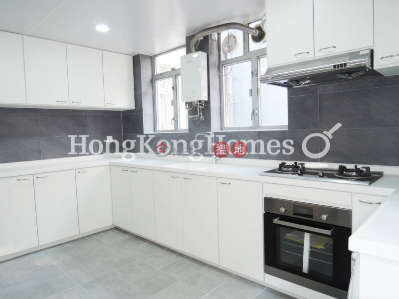 3 Bedroom Family Unit for Rent at Robinson Mansion | Robinson Mansion 羅便臣大廈 Rental Listings