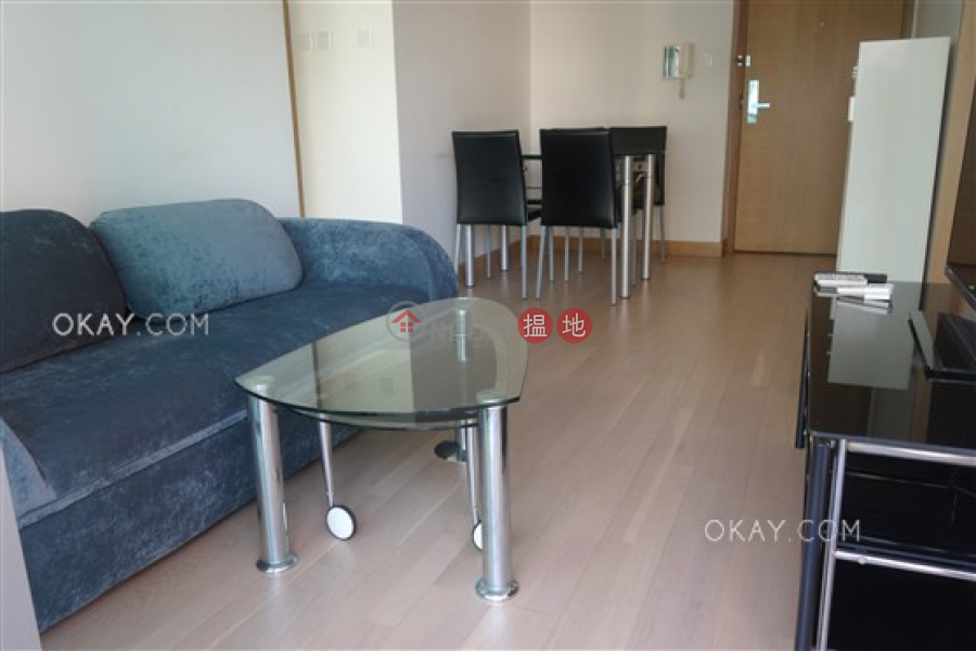 York Place | Middle | Residential | Rental Listings HK$ 30,000/ month