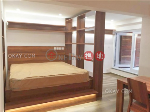 Charming studio with terrace | For Sale|Western DistrictHongway Garden Block B(Hongway Garden Block B)Sales Listings (OKAY-S278632)_0
