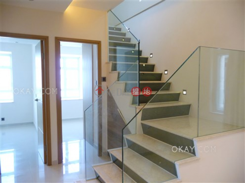 Elegant penthouse with sea views, balcony | For Sale | Block A (Flat 1 - 8) Kornhill 康怡花園A座 (1-8室) Sales Listings