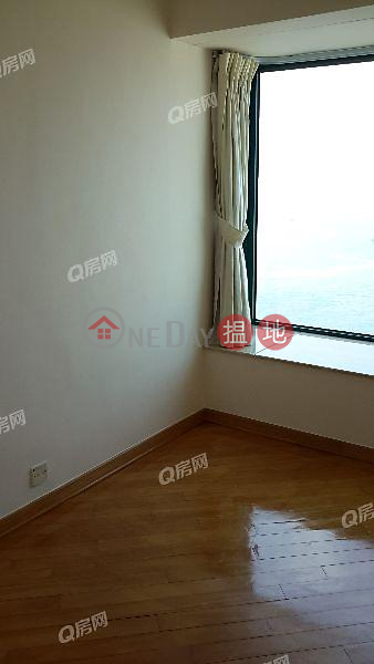 Manhattan Heights   3 bedroom High Floor Flat for Sale   Manhattan Heights 高逸華軒 Sales Listings