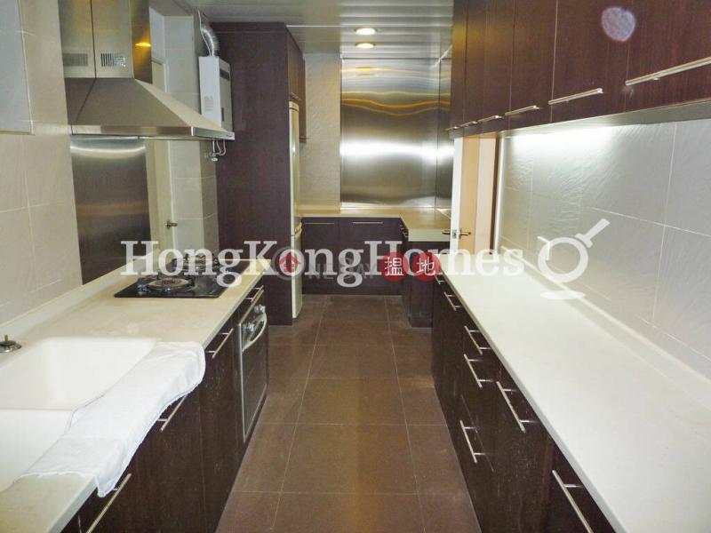 HK$ 60,000/ 月半山樓中區半山樓三房兩廳單位出租