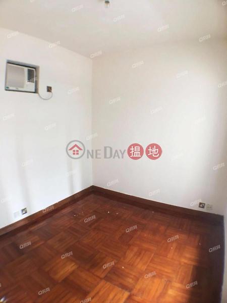 四通八達,間隔實用,名牌發展商《東港城 2座買賣盤》-8重華路 | 西貢|香港|出售HK$ 900萬