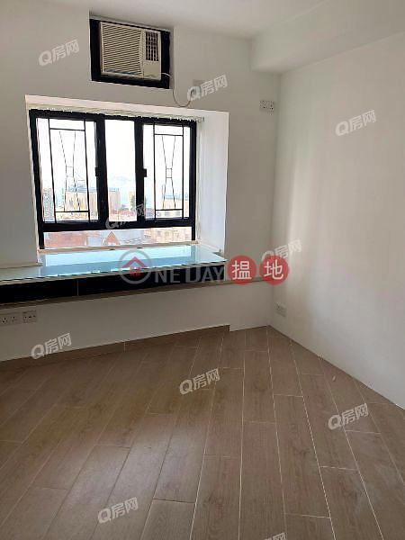 HK$ 42,000/ month, Blessings Garden   Western District   Blessings Garden   3 bedroom Mid Floor Flat for Rent