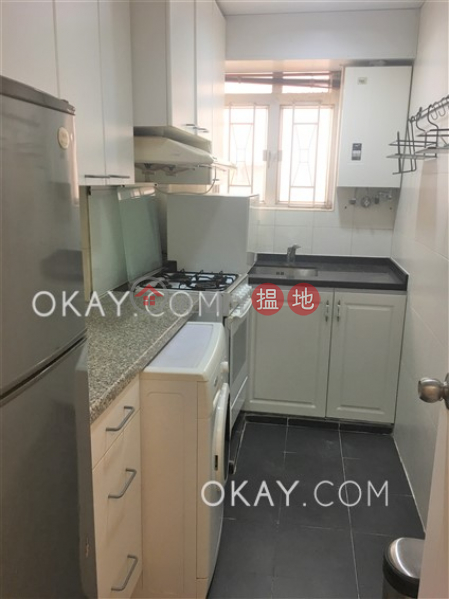 Gorgeous 2 bedroom in Mid-levels West | Rental | Mountain View Court 峰景大廈 Rental Listings