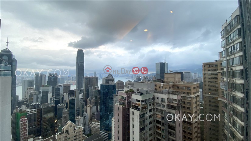 Property Search Hong Kong | OneDay | Residential | Rental Listings | Gorgeous 2 bedroom on high floor with harbour views | Rental