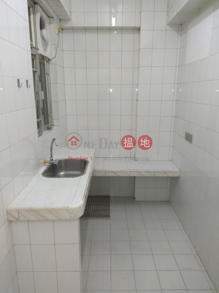 HK$ 18,500/ month Po Ming Building, Wan Chai District, newly decoration