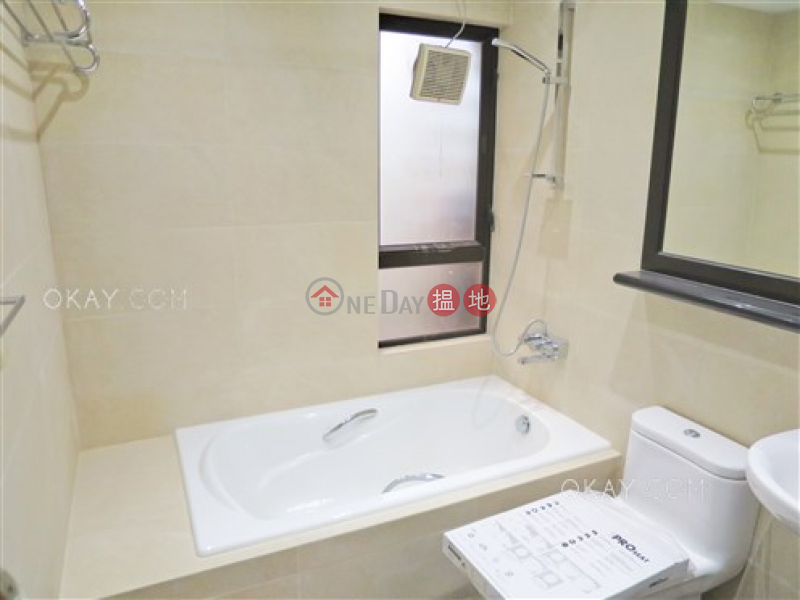 HK$ 115,000/ month Tower 1 Ruby Court Southern District | Gorgeous 3 bedroom with balcony & parking | Rental