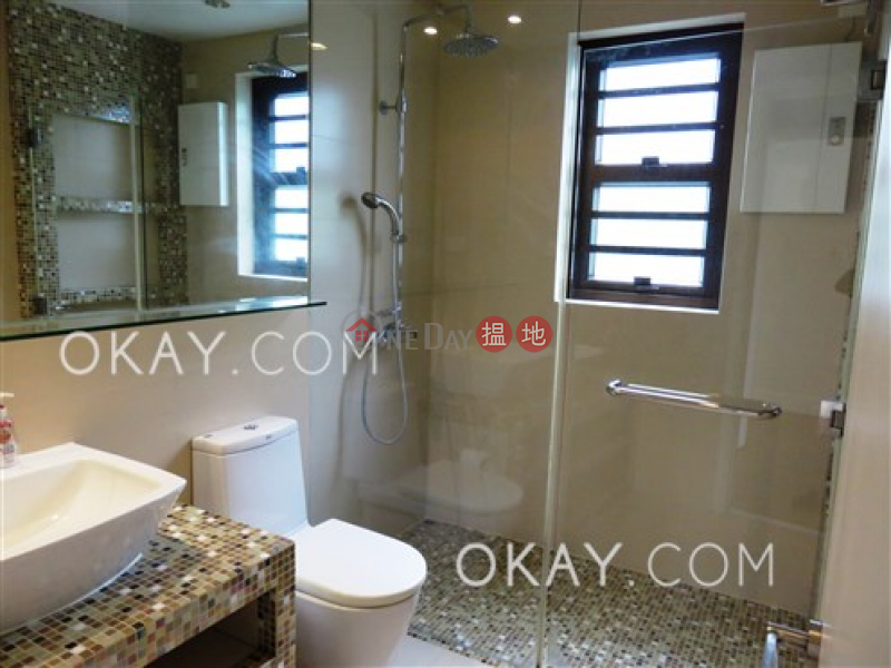 HK$ 64,000/ month Bayview Mansion, Central District Efficient 3 bedroom on high floor with balcony | Rental