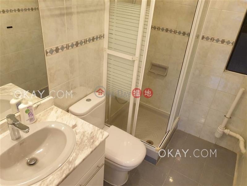 3房2廁,極高層,連車位龍華花園出租單位 龍華花園(Ronsdale Garden)出租樓盤 (OKAY-R5388)