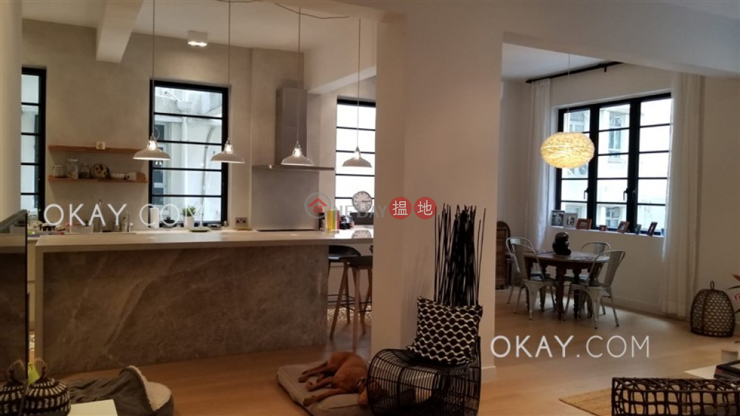 Efficient 2 bedroom in Mid-levels West | Rental | Minerva House 文華大廈 Rental Listings