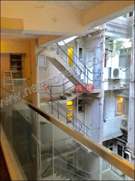 半山樓-地下住宅出租樓盤|HK$ 16,000/ 月