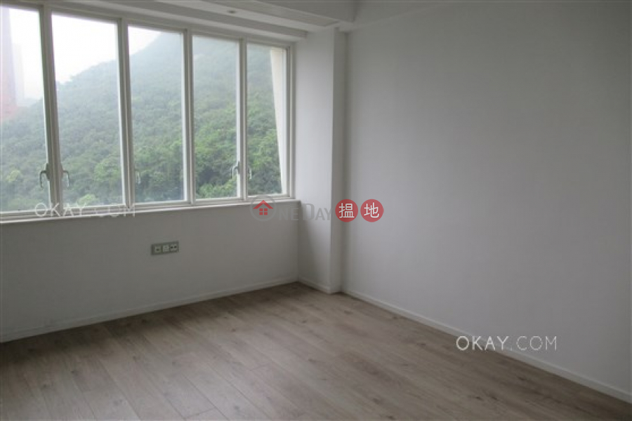 HK$ 52M Ridge Court | Southern District, Beautiful 3 bedroom with balcony & parking | For Sale