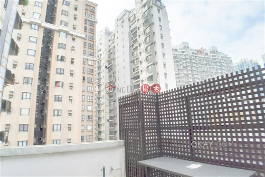 Caine Building, High | Residential, Sales Listings, HK$ 11.8M