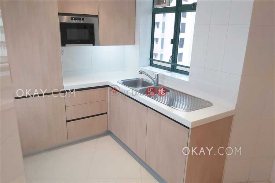 HK$ 63,000/ month | Hillsborough Court, Central District Unique 3 bedroom with parking | Rental