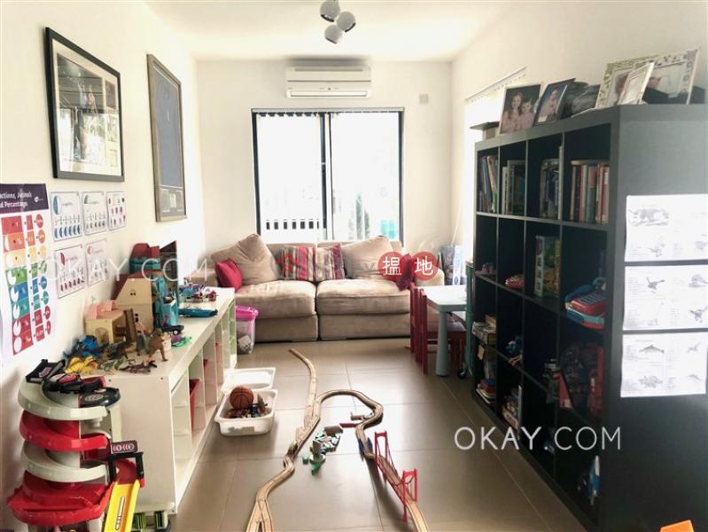 Elegant house with sea views, rooftop & terrace | For Sale | Tai Hang Hau Village 大坑口村 Sales Listings