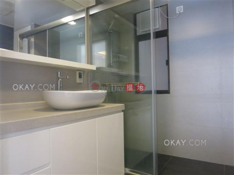 香港搵樓 租樓 二手盤 買樓  搵地   住宅 出租樓盤2房2廁,連車位,露台《山村大廈出租單位》