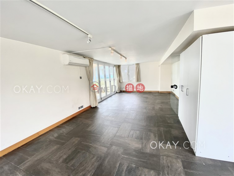 HK$ 85,000/ month | House A Ocean View Lodge Sai Kung Stylish house with sea views, rooftop & terrace | Rental