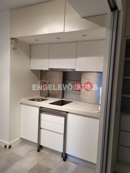 Studio Flat for Rent in Mid Levels West, Windsor Court 衛城閣 Rental Listings | Western District (EVHK84862)