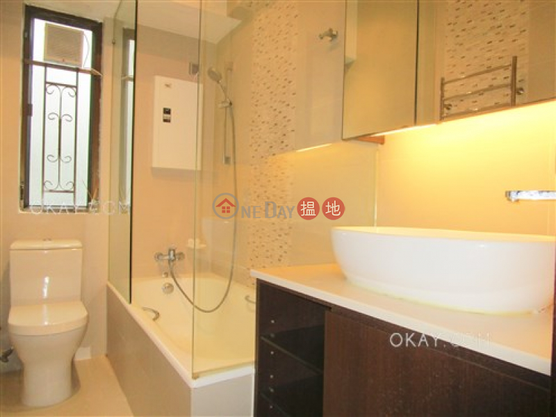 Lovely 3 bedroom with parking | For Sale, Billion Terrace 千葉居 Sales Listings | Wan Chai District (OKAY-S39217)