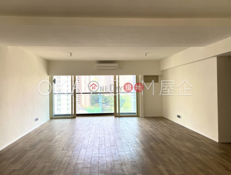 HK$ 93,000/ month, St. Joan Court, Central District, Lovely 3 bedroom on high floor with balcony | Rental