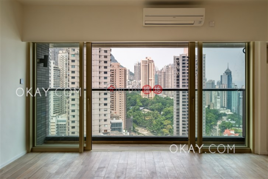 Stylish 3 bedroom on high floor with balcony & parking | Rental, 74-76 MacDonnell Road | Central District | Hong Kong, Rental HK$ 123,000/ month