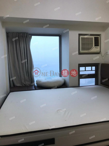 Property Search Hong Kong | OneDay | Residential Rental Listings Tower 5 Harbour Green | 2 bedroom Mid Floor Flat for Rent
