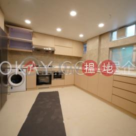 Efficient 4 bedroom with balcony & parking | Rental|Mandel Villa(Mandel Villa)Rental Listings (OKAY-R396614)_0