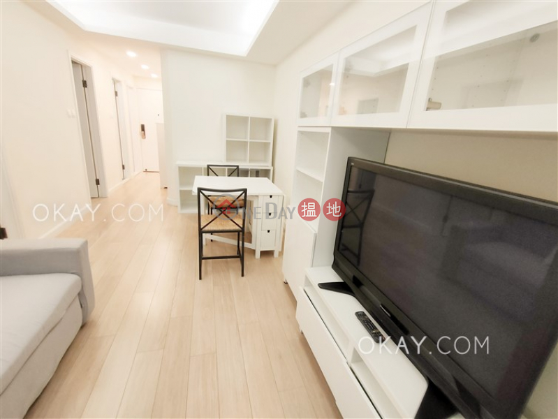 HK$ 25,800/ month Lechler Court, Western District Unique 2 bedroom in Mid-levels West | Rental