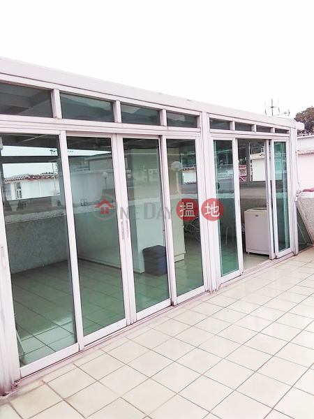 HK$ 14,800/ month | Lo Tsz Tin Tsuen Tai Po District With Rooftop, parking space included, two bedrooms