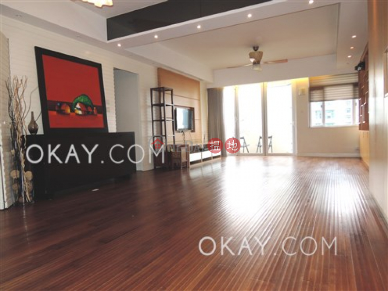 Efficient 3 bedroom with balcony & parking | For Sale | Fulham Garden 富林苑 A-H座 Sales Listings
