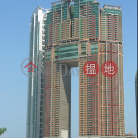 3 Bedroom Family Flat for Sale in West Kowloon|The Arch(The Arch)Sales Listings (EVHK43994)_0